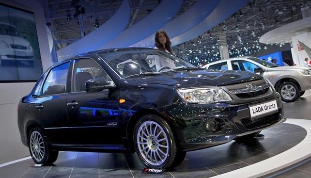 Автомобиль Lada Granta 2014 года
