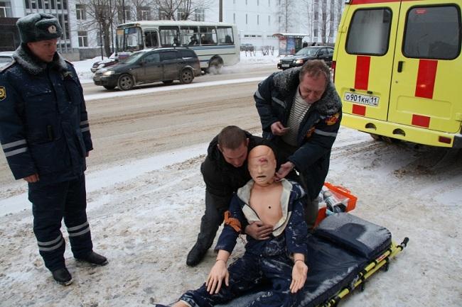 Тренировка в оказании первой помощи при ДТП