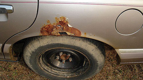 Автокузов без оцинковки подвержен больше коррозии