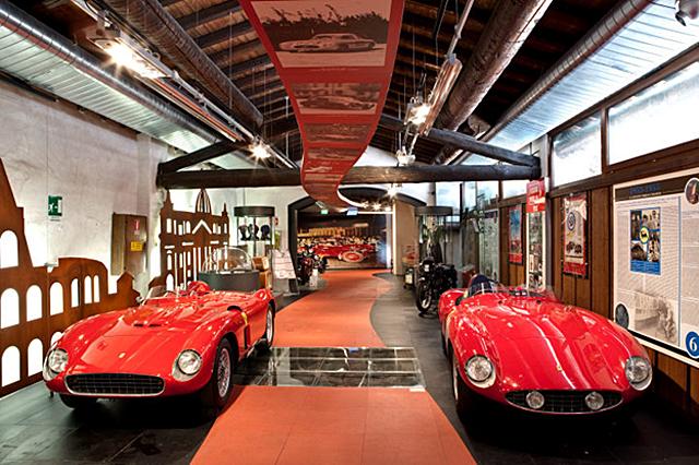 Автомобильная выставка Mille Miglia
