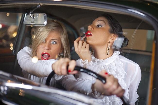 В Саудовской Аравии женщинам запрещено водить машину