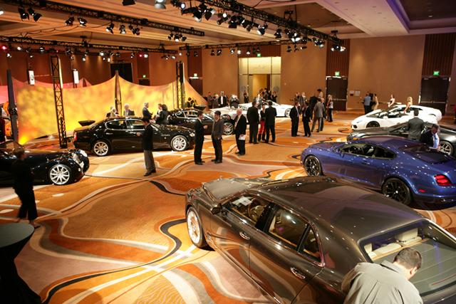 Автомобильная выставка в Североамериканском международном автосалоне