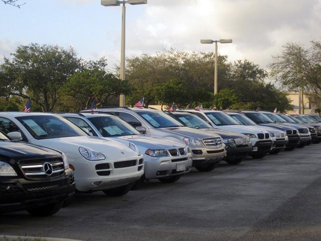 Стоянка принудительно изъятых автомашин