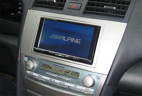 Автотелевизор на приборной панели