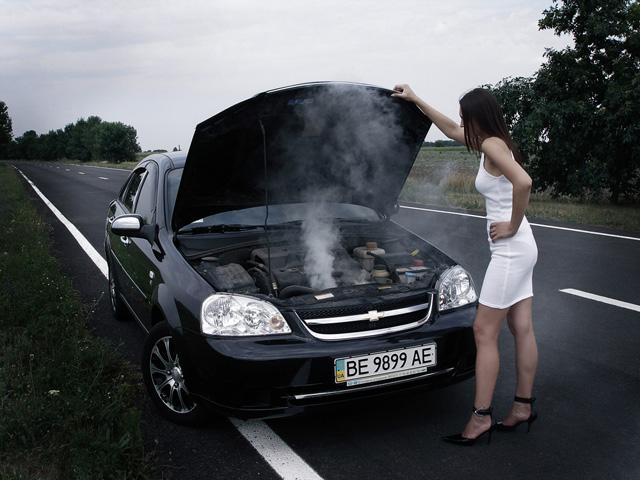 Неисправность датчика температуры охлаждающей жидкости приводит к перегреву двигателя