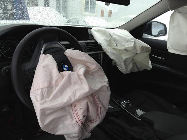 Сработавшие подушки безопасности