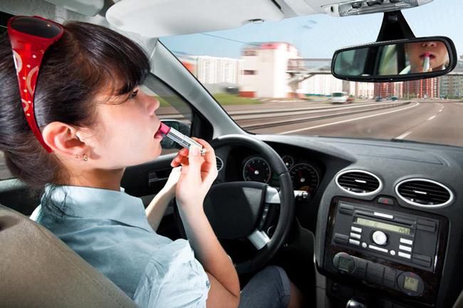 Стереотип о женщине за рулём