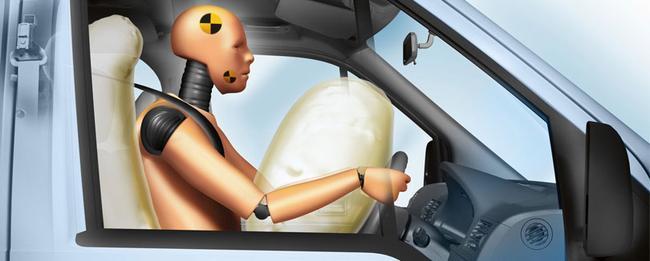 Производитель проводит много тестов для проверки безопасности водителя
