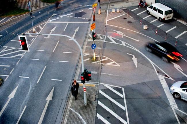 Регулируемые перекрестки также требуют особого внимания водителя