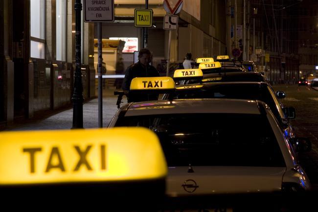 Как же выделить свой таксопарк среди конкурентов?
