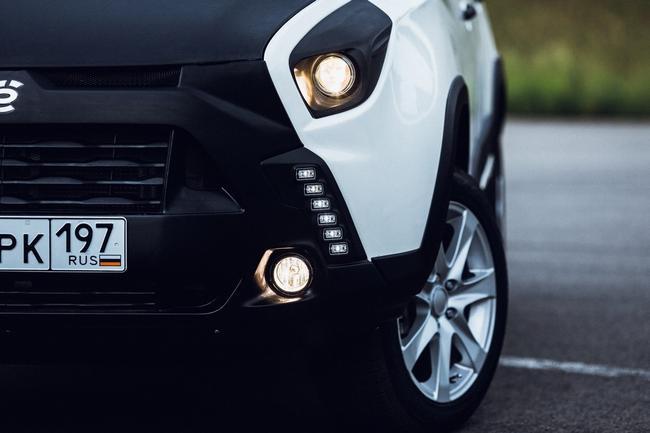В электромобилях используется система ECBS, которая распределяет долю оборотов, приходящую на генератор и гидравлику