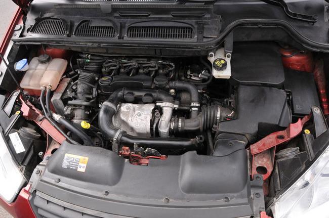 Для запуска двигателя в холодное время года используется прибор Webasto