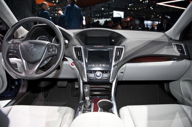 Салон Acura TLX