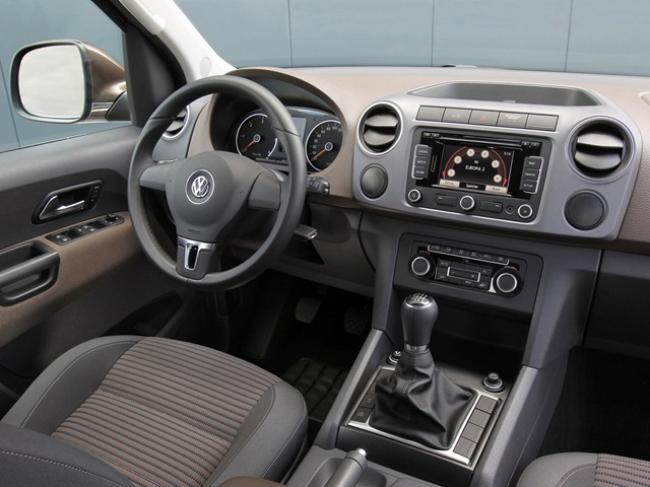 Элементы управления Volkswagen Amarok расположены очень удобно