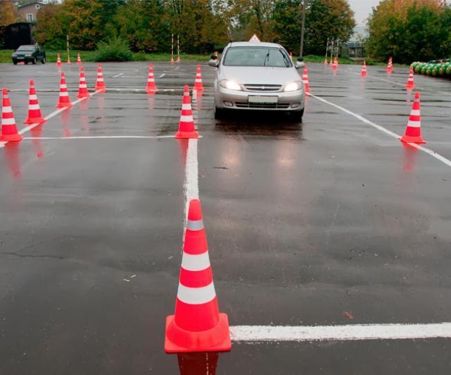 Разные автошколы имеют разный набор категорий для обучения вождению