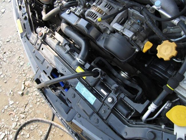Систему охлаждения двигателя периодически нужно промывать
