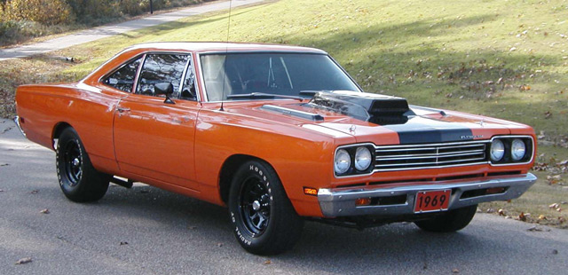 Автомобиль Plymouth Road Runner 1969 - один из лучших представителей своего сегмента