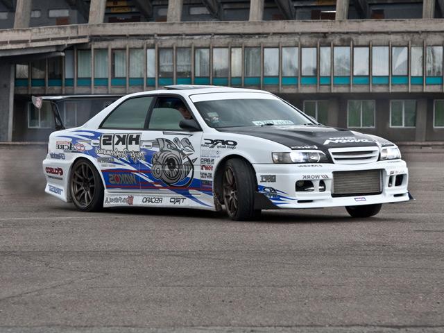 Автомобиль Toyota Chaser