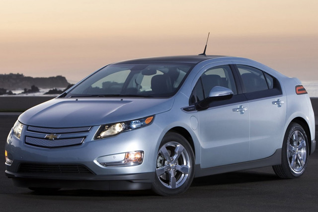 Многие автопроизводители выпускают свои гибридные автомобили