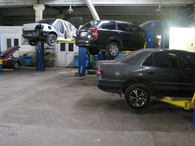 Без мастерской или оборудованного гаража не обойтись
