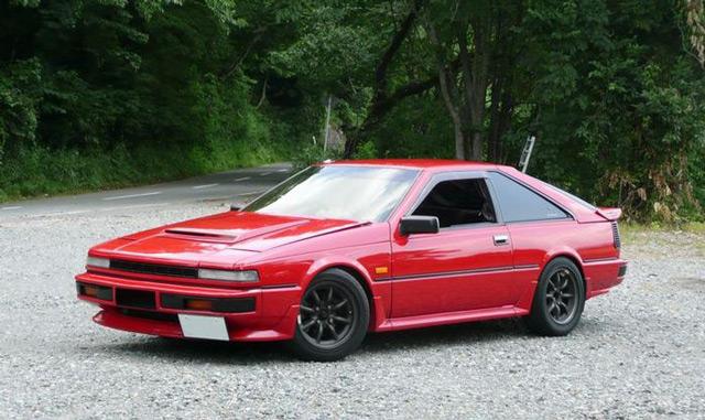 Автомобиль Nissan Silvia имеет подходящие характеристики для дрифта