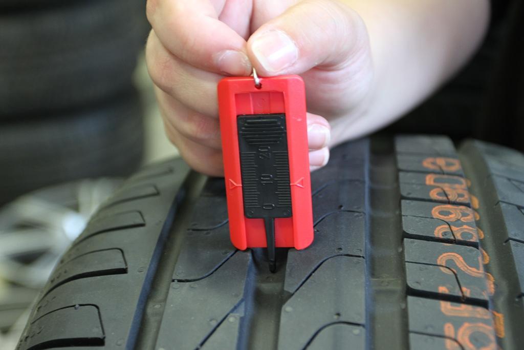 Определение степени износа шины