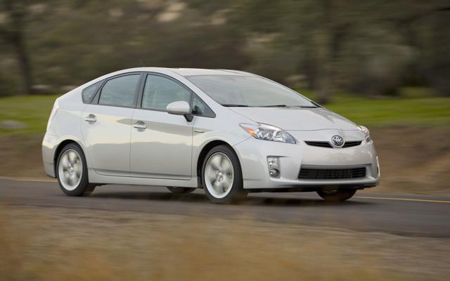 Toyota Prius - первопроходец среди гибридных авто