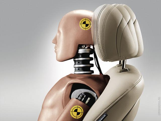 Активные подголовники - это одна из мер безопасности в современных авто
