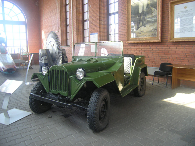 АвтомобильГАЗ-67Б