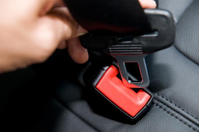 Статистика показывает, что использование ремней безопасности спасло немало жизней водителей