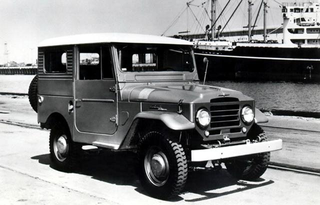 АвтомобильToyota Land CruiserFJ35V