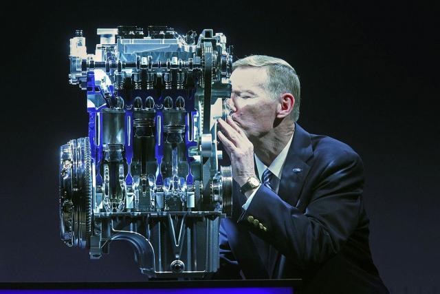 Мотор EcoBoost 1.0 фирмы Форд