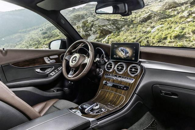 Роскошная отделка салона Mercedes-Benz GLC