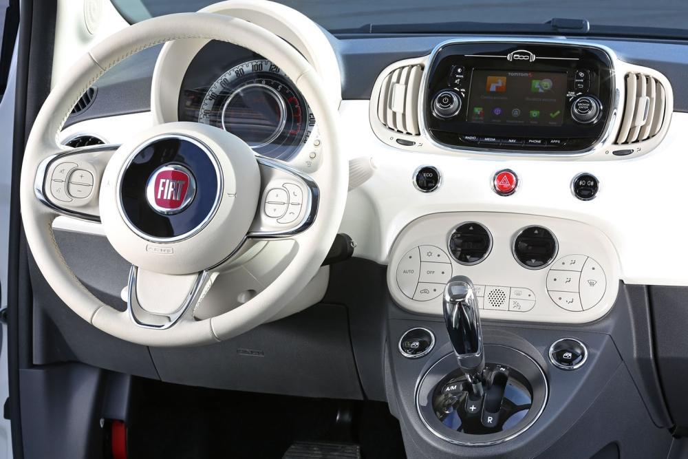Новый руль и мультимедийная система