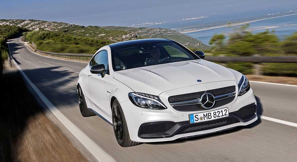 Купе C63 AMG компании Mercedes-Benz