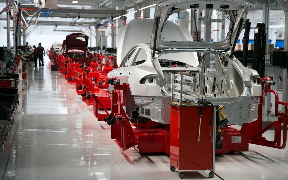 Производственная линия Tesla Model-S
