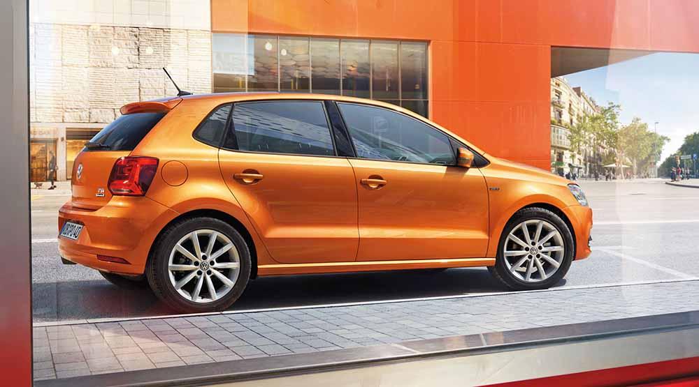 Эта версия предложена в цвете «оранжевый металлик»