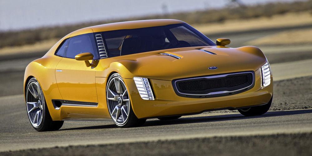 АвтомобильKia Stinger GT4