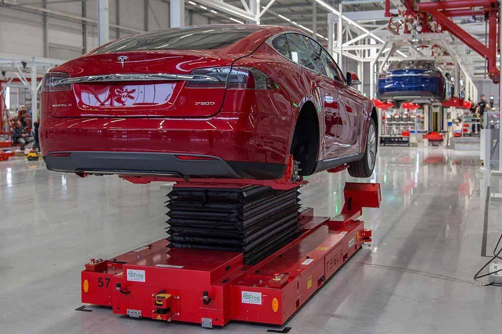 В Тилбурге открылся завод Tesla