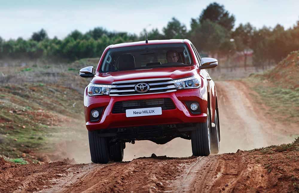 Европейская комплектация Toyota Hilux