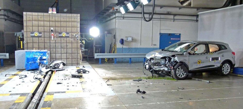 Новинка от Renault получила максимальные отметки практически по всем категориям