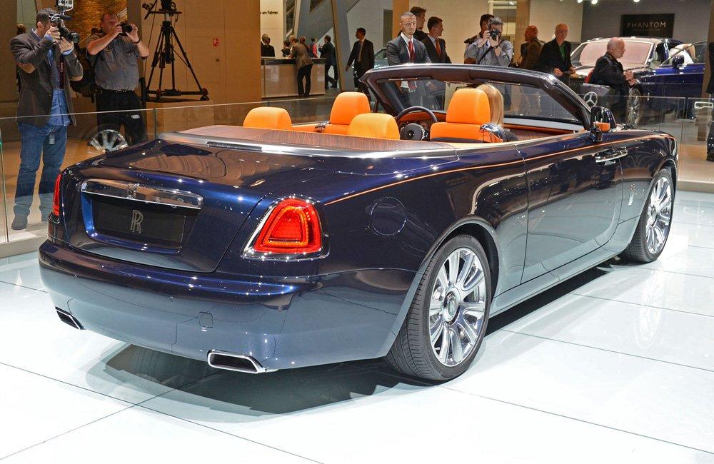 Многие детали авто напоминают другие модели RR