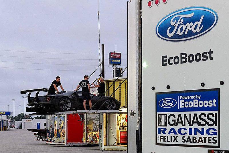 Форд сотрудничает с командой Chip Ganassi Racing