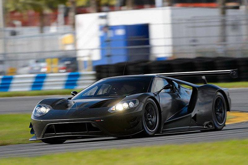 Форд всё более усовершенствует свой GT для гонок