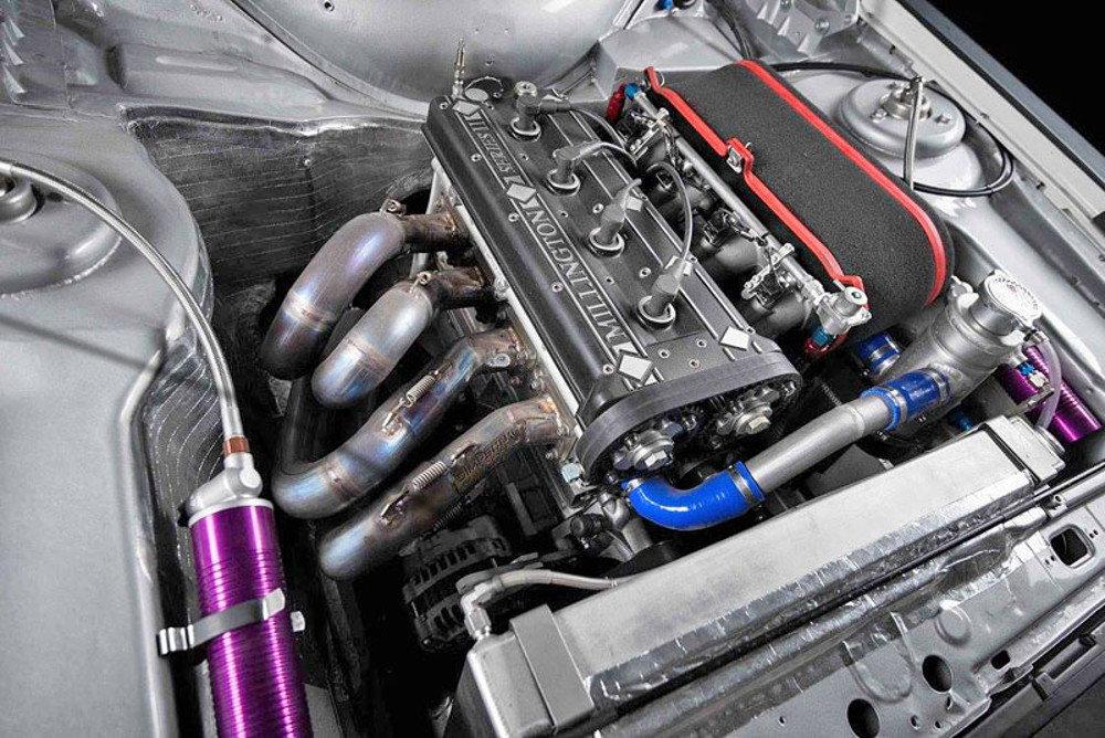 Высокооборотистый двигатель