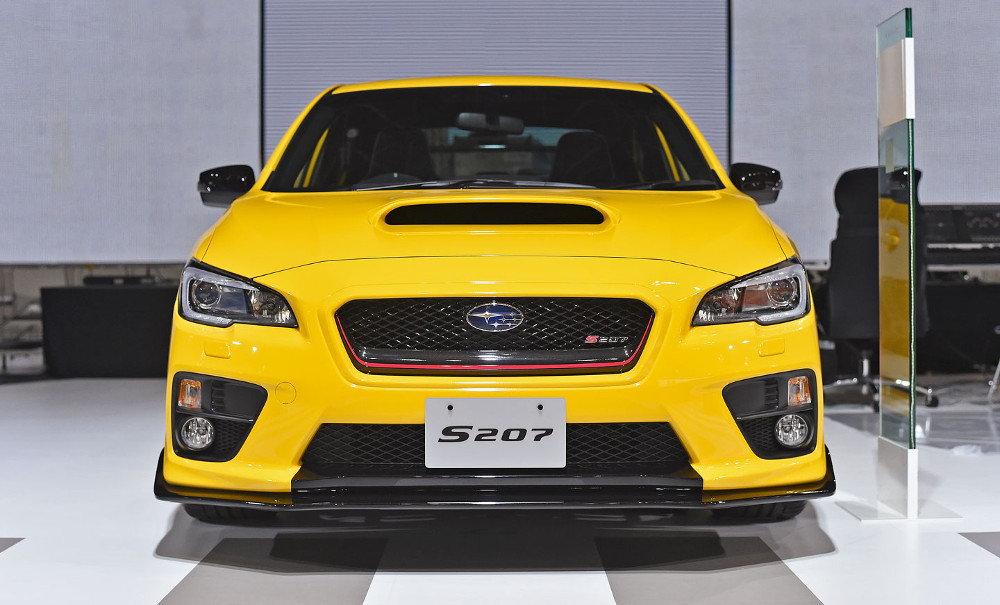 Японский производитель показал три модели в Токио