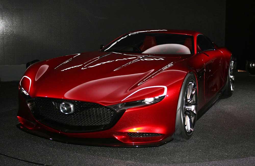 Недавно показанный концепт Mazda RX-Vision с роторным мотором