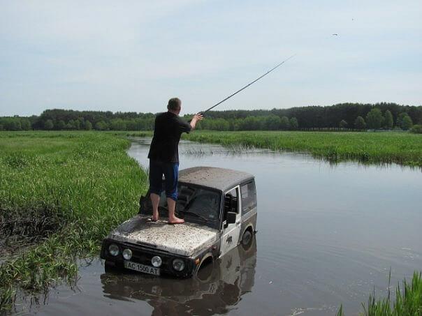 Ловля рыбы на автомобиле