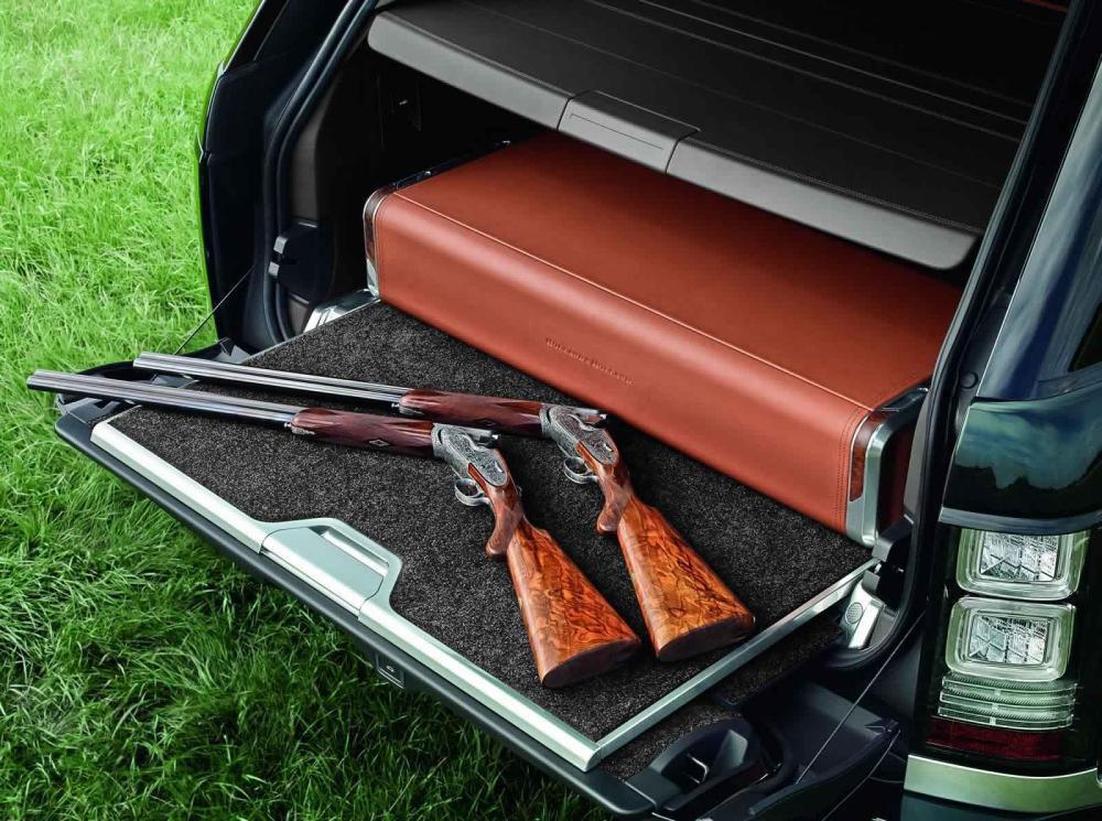 Оружие в багажнике внедорожника