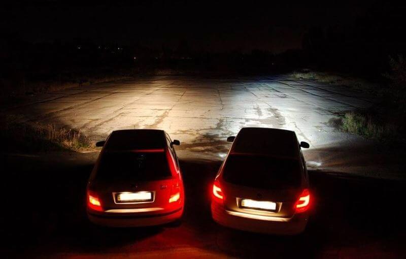 Сравнение фар на автомобиле